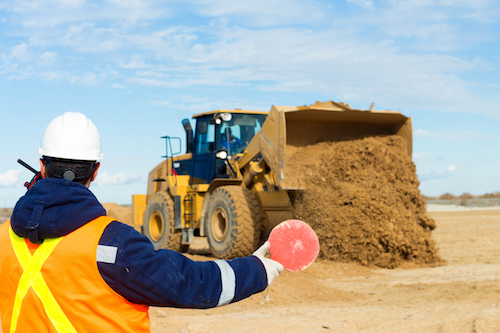 5 Benefits of Attending Heavy Equipment School