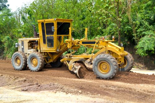 What Equipment Will I Learn to Use in Heavy Equipment Operator Training?
