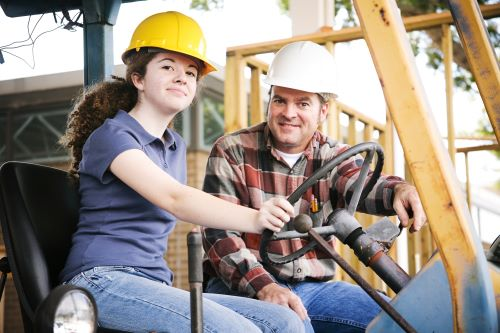 Can I Get a Heavy Equipment Operator Certification Online?